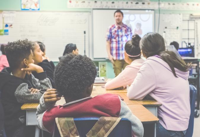 in het onderwijs, de jeugdhulp